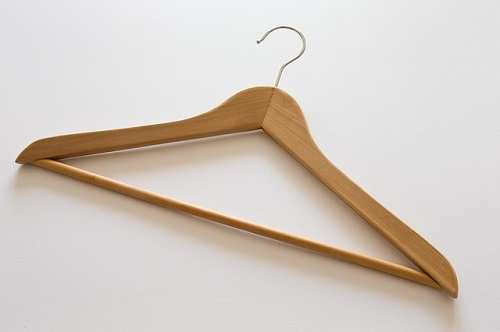 clothes-hanger-42927